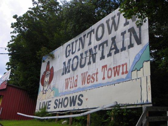 Guntown Mountain: very run down