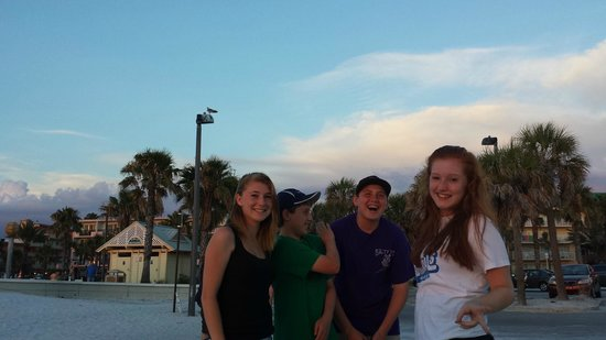Frenchy's Oasis Motel : Clearwater Beach hijinx