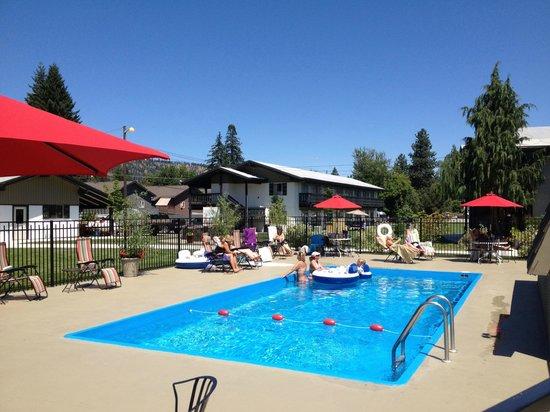 Der Ritterhof Inn: Pool Pary