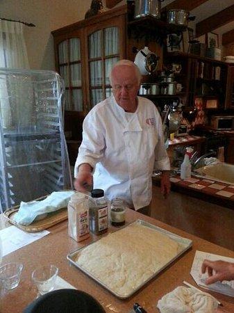 Boquete Artisan Baking Seminars: Italian specialty breads day with Mort Rabkin, July 2013. Mort explains foccacia & ciabatta.