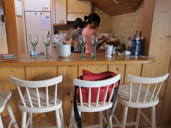 Tell Hotel-Restaurant: View of Kitchen