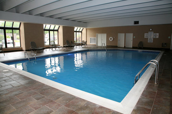 Holiday Inn New London - Mystic Area : Indoor heated Pool