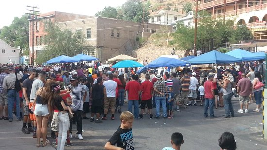 Bisbee Olive Oil: 4th of July in the street