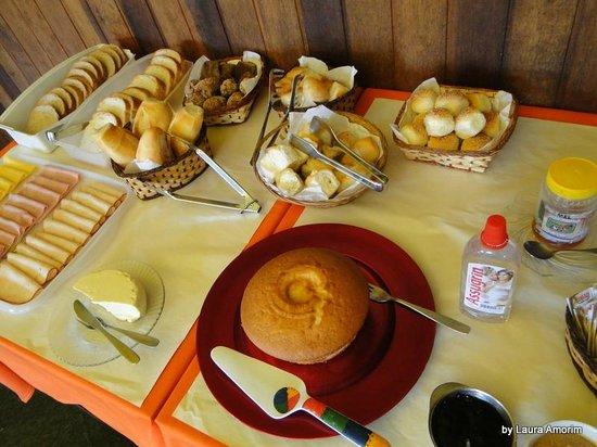 Pousada Shangrilla: Café da manha
