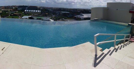 Atanaya Hotel: scenery from the rooftop pool