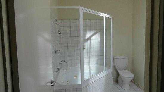Metung Waters: Spa bath
