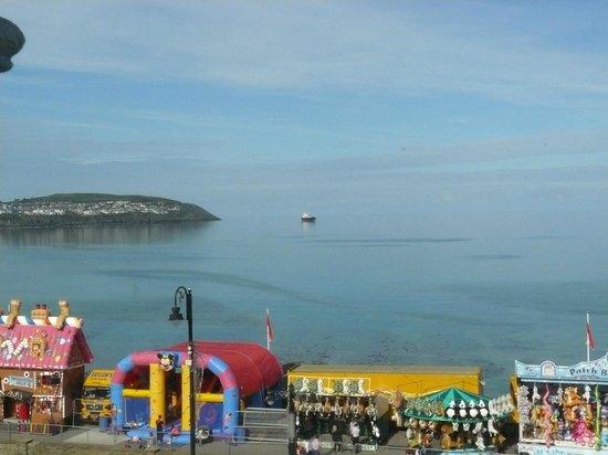 Ellan Vannin Hotel: Promenade TT race week