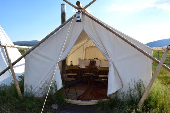 Under Canvas Yellowstone Safari Tent & Safari Tent - Picture of Under Canvas Yellowstone West ...