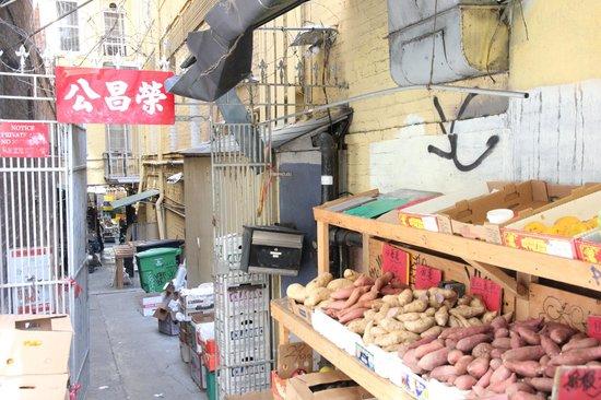 Wok Wiz Chinatown Tours : Streetscape