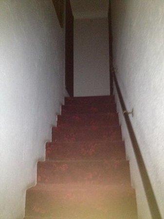 Hotel Castello Miramare: scale per la stanza