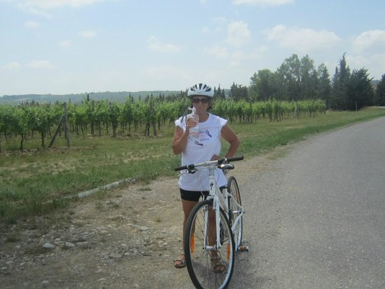 I Bike Tuscany : Need a drink after that climb