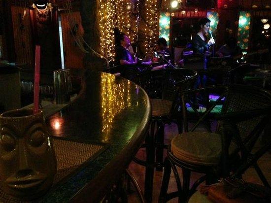 Aloha Diner & Bar: inside