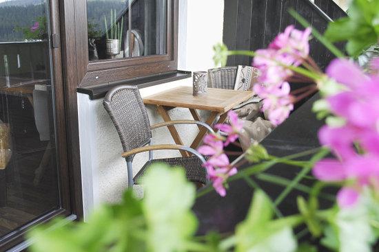 Villa Montara Bed & Breakfast: Balkon mit Panoramaaussicht
