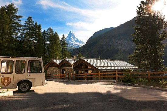 CERVO Zermatt: The CERVO Mobil & the Matterhorn