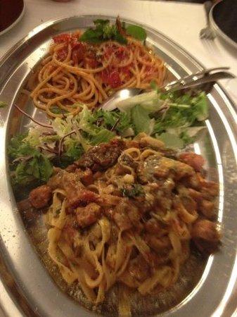 La Cantinella: pasta boscaiola y amatriciana