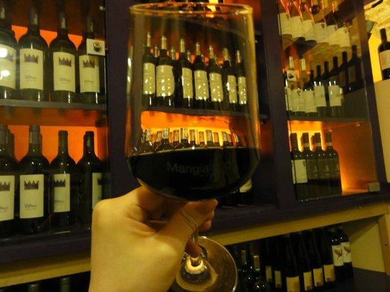 Mangiafoco : wine
