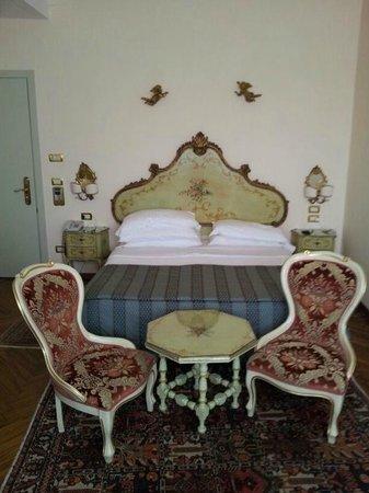 Biasutti Hotel: Ausschnitt Superiorzimmer