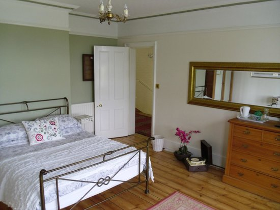 Number 5 B&B: This is a huge bedroom with a super king size bed