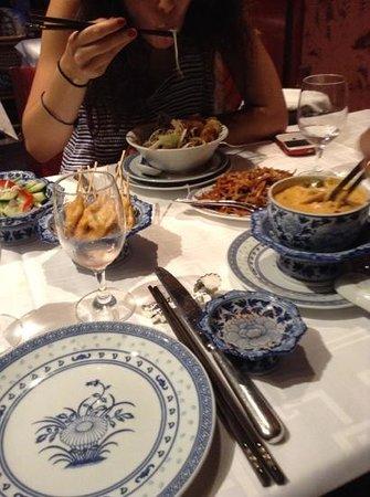 Diep : salade bo bun, poulet thai, brochettes de sole