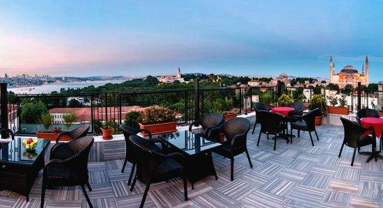 Agora Life Hotel: Terrace