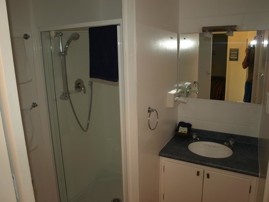 Harbour View Motel : Bathroom