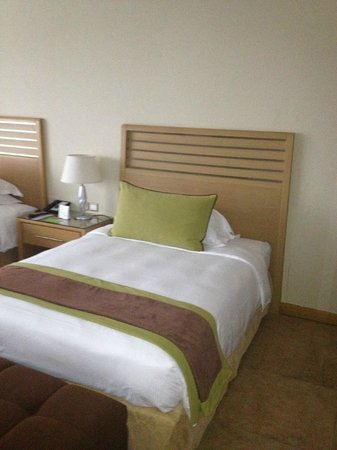 Nour Arjaan by Rotana - Fujairah: Twin Double room