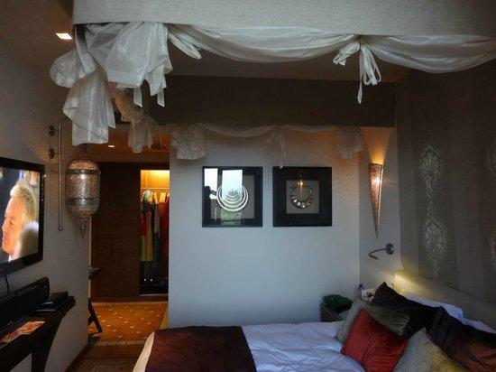 Hotel Tiara Yaktsa Côte d'Azur. : La chambre
