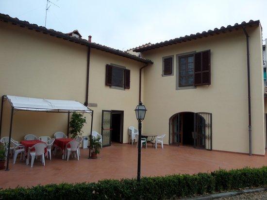 Casale dei Cento Acri: le coin de l'hotel où l'on dejeune