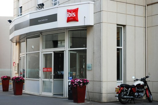 Ibis Reims Centre: Brilliant parking for motorcycles!