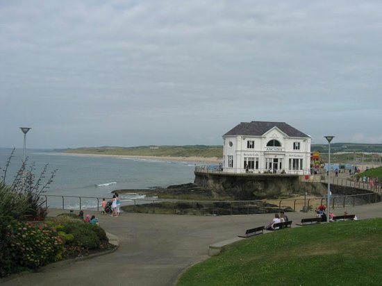Adelphi Portrush: The sea front, 5 minutes walk from the Hotel