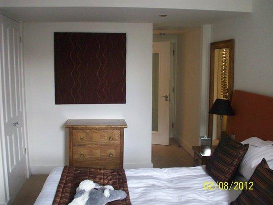 Waterhead Hotel: Room