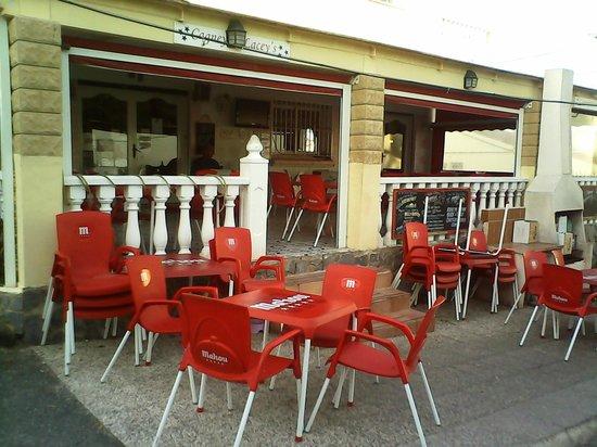 Cagneys La Marina: outside entrance