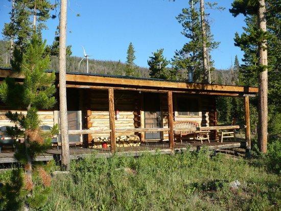 T Cross Ranch: A cabin