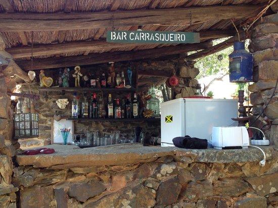Quinta do Coracao: You can read the sign.