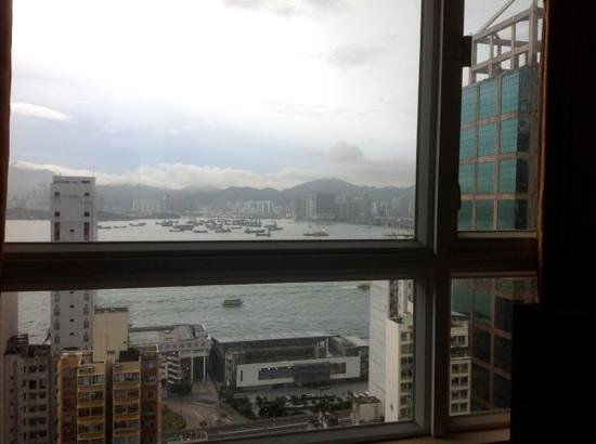 BEST WESTERN Hotel Harbour View: room with a view