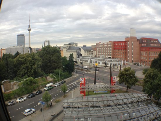 Ibis Berlin Mitte: View from room 536