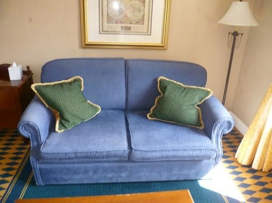 Huntingtower Hotel: comfy sofa