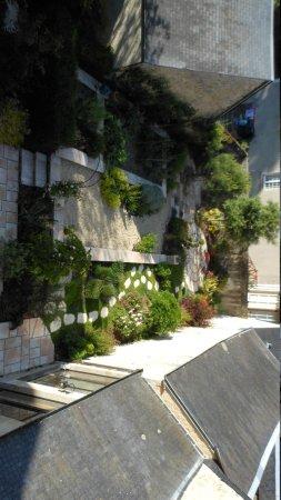 Hôtel particulier Poppa : Vista del giardino