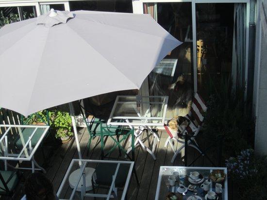 Hotel Le Galion : breakfast terrace