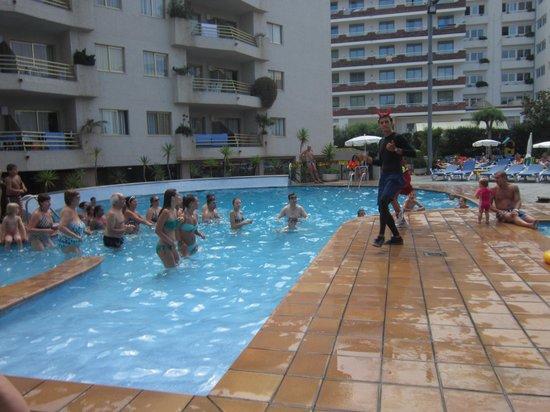 Aqua Hotel Montagut Suites : Animation