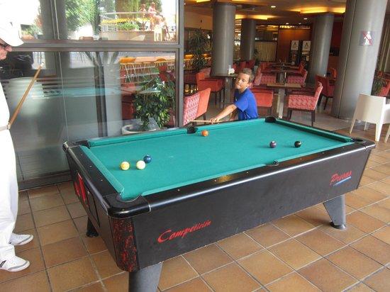 Aqua Hotel Montagut Suites : Billard
