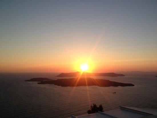 Atalos Apartments & Suites: sunset