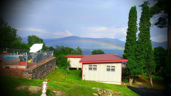 Contessa Lake George Motel & Resort: Wonderful Rainbow