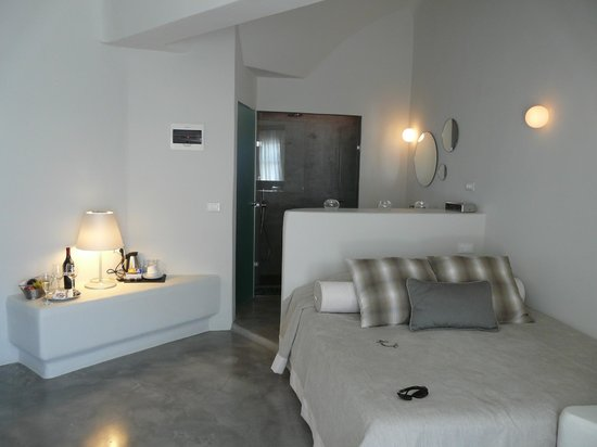Avaton Resort: room2