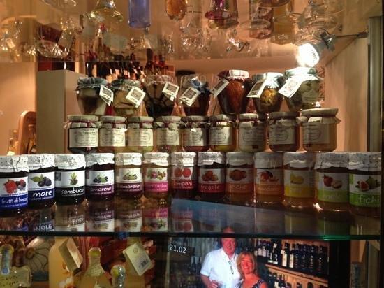 La Boutique Del Buon Gusto: prelibatezze locali.....
