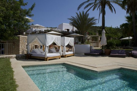 Can Lluc Boutique Country Hotel & Villas: En la piscina