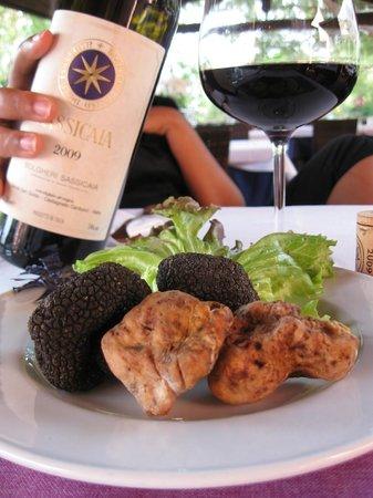 Bolgheri, อิตาลี: Compagni di merende al Granaio
