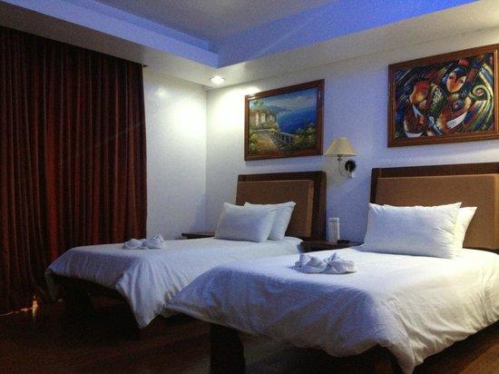 Giulius Boracay Italian Resort: twin bed