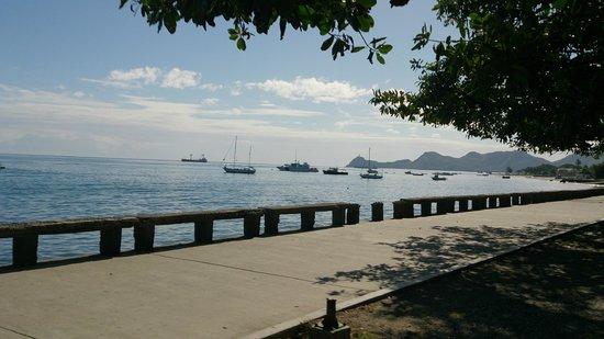 Gino's Hotel : Dili Harbour and Cristo Rei