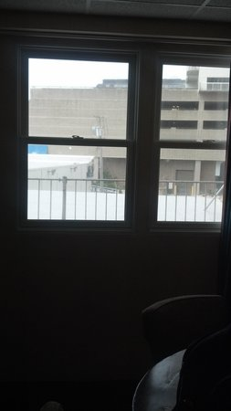 Days Inn Atlantic City Oceanfront-Boardwalk: room window :-(
